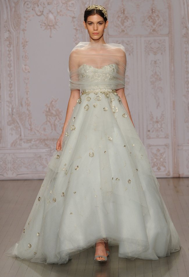6monique-lhuillier-pistachio-ball-gown-metallic-wedding-dress-06