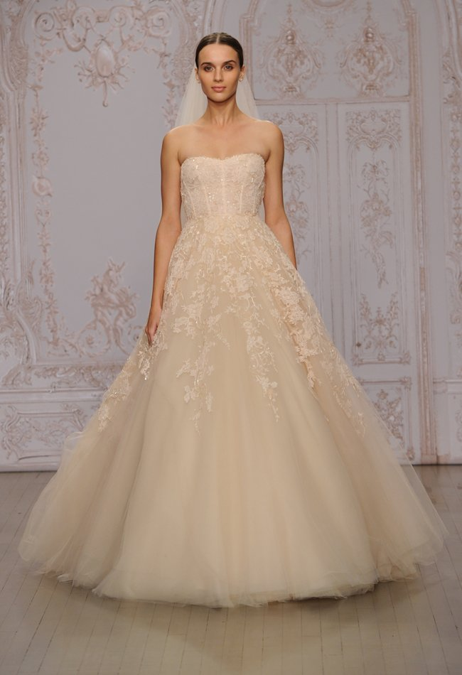 8monique-lhuillier-blush-cascading-lace-wedding-dress-08
