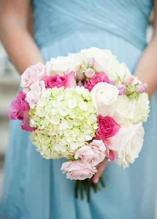 5pink-and-white-hydrangea-bouquet