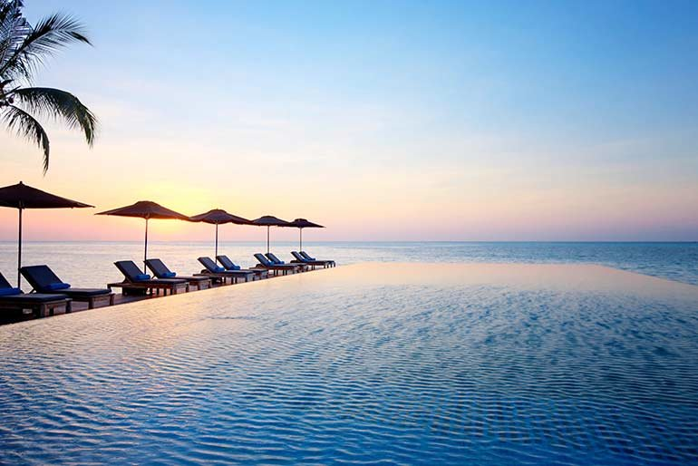 lux-maldives-pool (1)