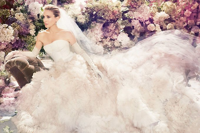 carrie-wedding-shoot-satc-vogue-3jun15-pr_b