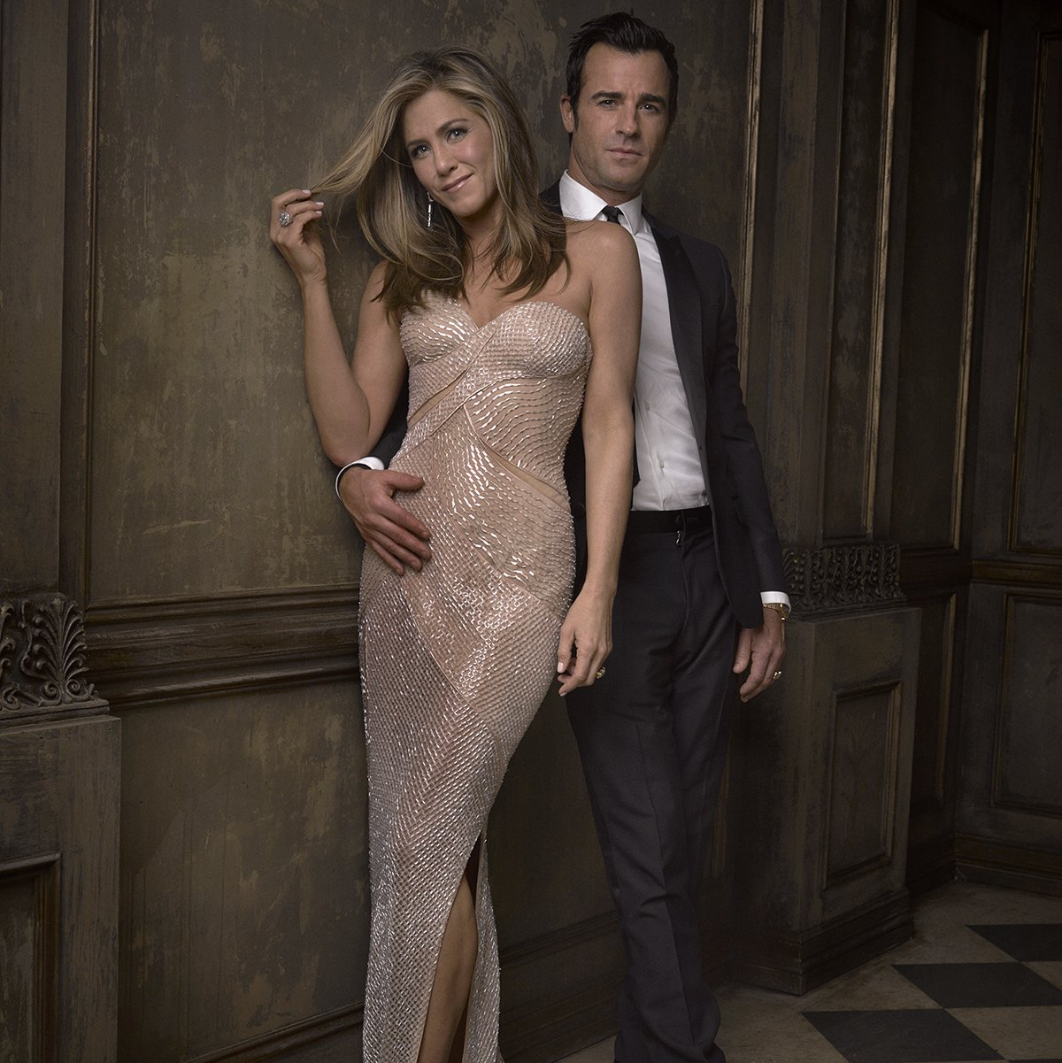 Vanity-Fair-Oscars-2015-Party-Mark-Seliger-Portraits-Jennifer-Aniston-Justin-Theroux-Photo[1]