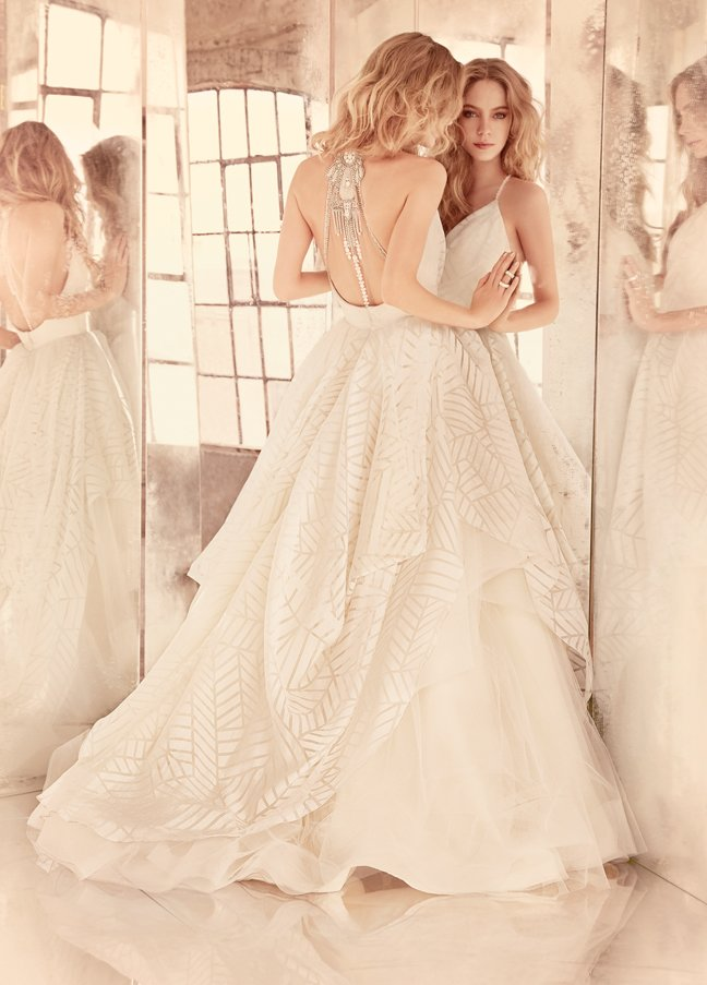 hayley-paige-bridal-geometric-organza-draped-v-neck-bodice-moroccan-beaded-full-tiered-tulle-underlay-6550_zm